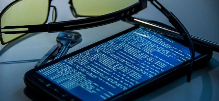 What Personal Information Can Be Found On A Cell Phone?
